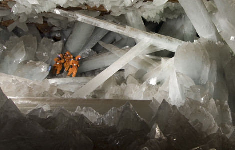 Naica, Chihuahua, MEXICO: Cavers exploring Naica's Los Crystales cave where more than a hundred giant crystals have grown. (Photo Credit: © Speleoresearch & Films/ Oscar Necoechea)