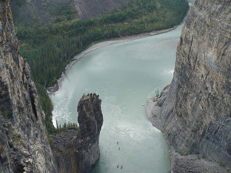 800px-Nahanni_River_-_The_Gate
