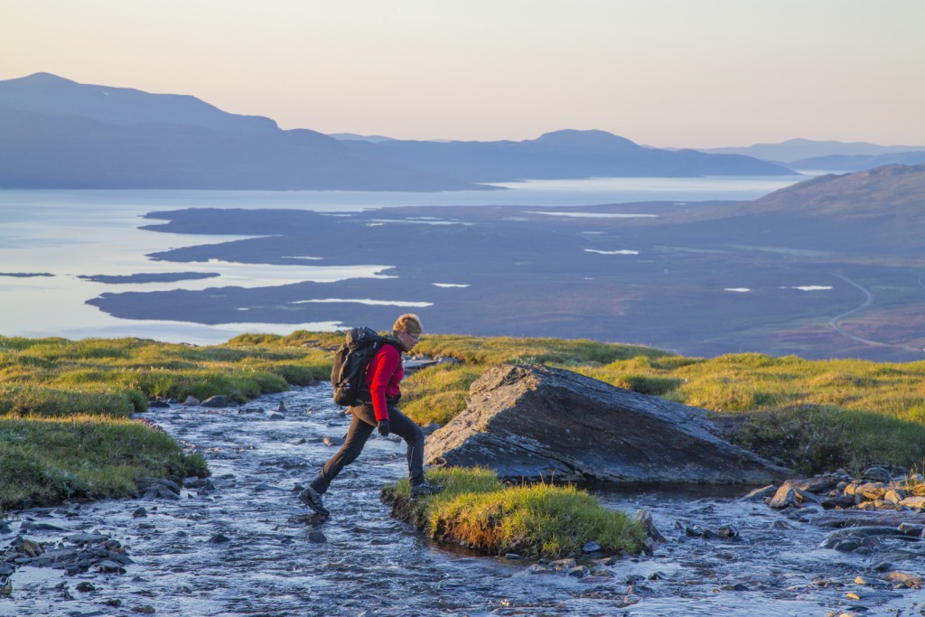Vandrare på Nuolja, Abisko Nationalpark :Trekker in Abisko National Park