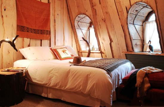 All-wood-bedroom