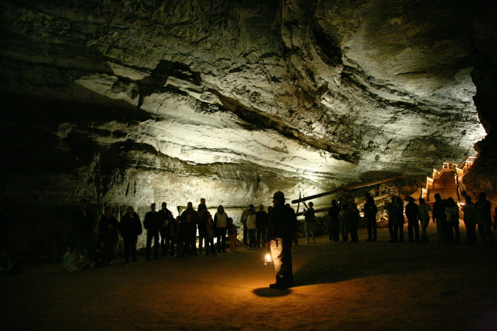 Mammoth_Cave_tour
