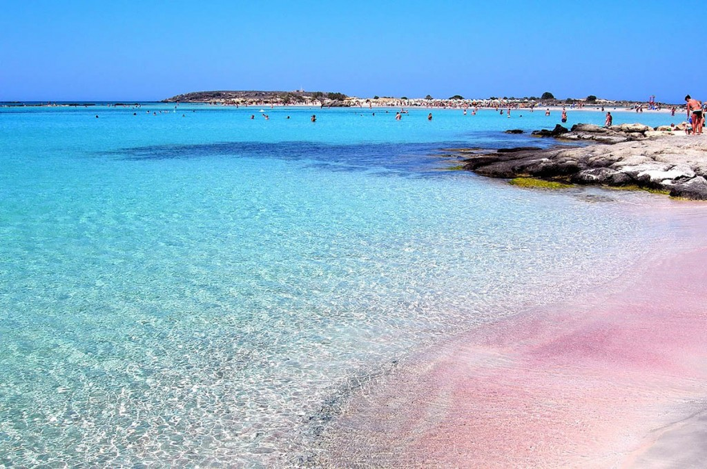 Pink-Sands-Beach-Bahamas