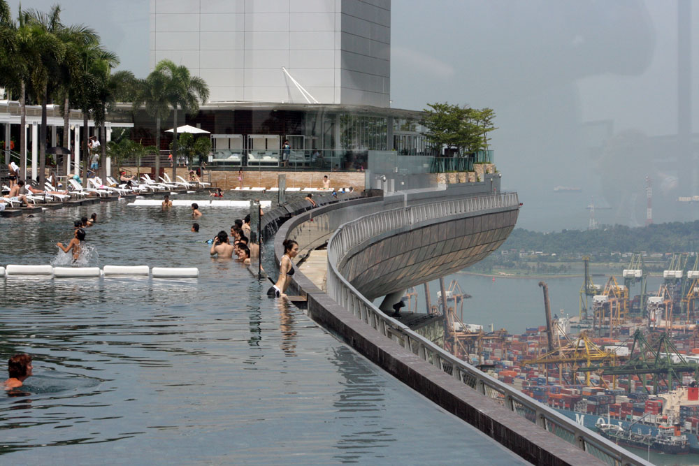 Pool-view-Marina-Bay-Sands