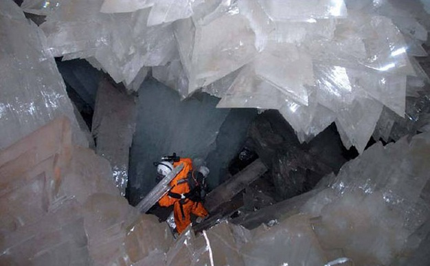 The Crystal Cave of the Giants, Mexico