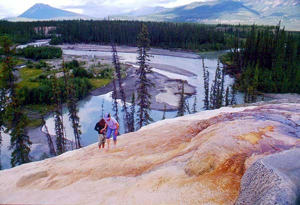 nahanni-national-park-reserve-case-6005