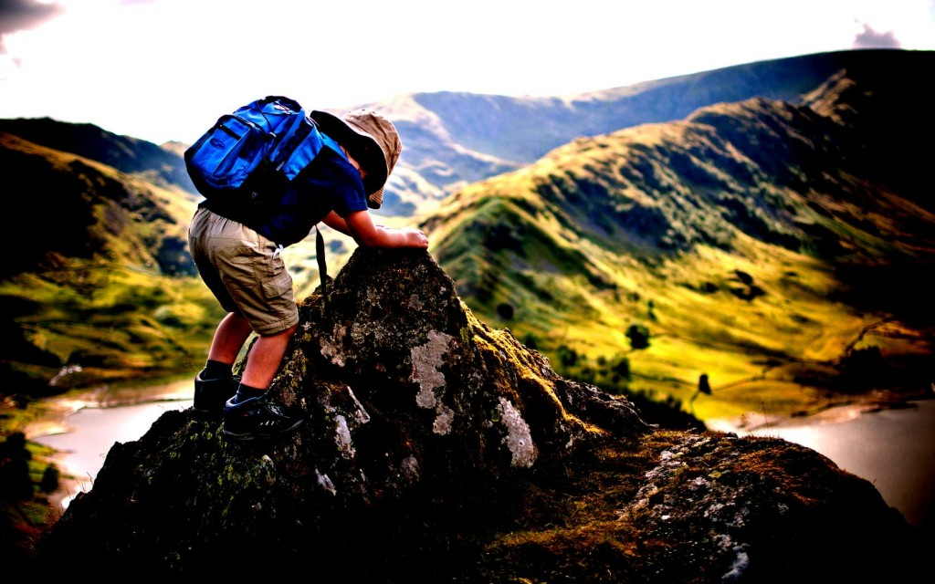 nature_traveler_child_backpack_moods_high_contrast_hd-wallpaper-357567