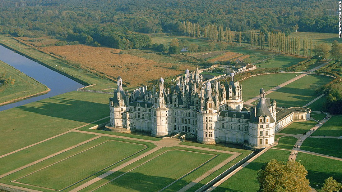 150711072633-destination-france-chambord-super-169