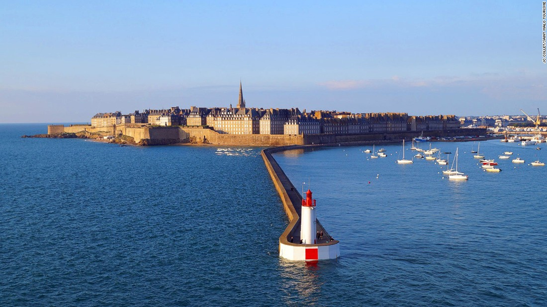 150711072645-destination-france-st-malo-super-169