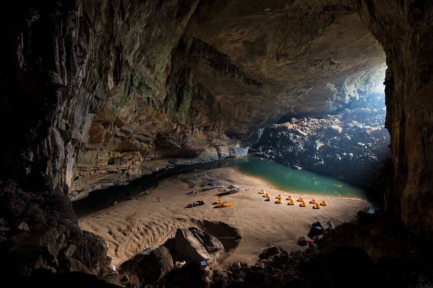 Photographing-the-Worlds-Largest-Cave-57373ff4181c5__880
