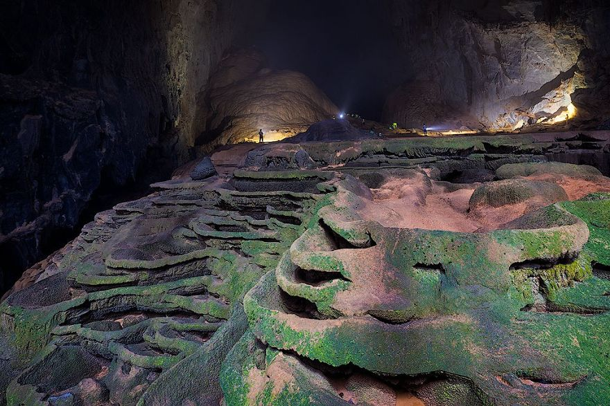 Photographing-the-Worlds-Largest-Cave-57397b71c7620__880